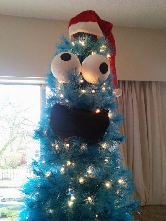 151223-geeky-kerstbomen-koekiemonster.jpg