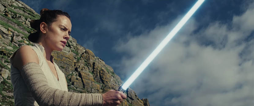 Star Wars The Last Jedi: Rey traint bij Luke Skywalker